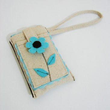 Telefon kılıfı: Mavi çiçek