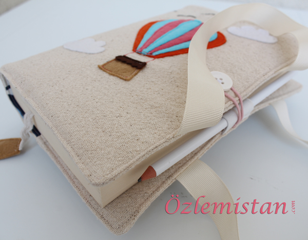Kitap çantası