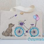 Köpek ve bisiklet